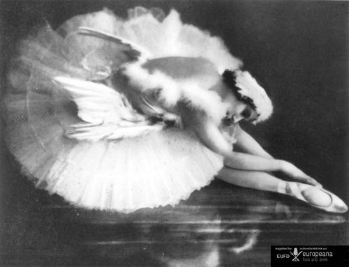 ANNA PAVLOVA 1931 as The Dying Swan from SWAN LAKE The meringue-based dessert, Pavlova, is named after the Russian ballerina Anna Pavlova. The dessert is believed to have been created in honour of the dancer either during or after one of her tours to Australia and New Zealand in the 1920s.